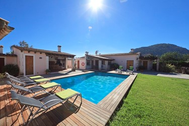 AH2117 - 3 Bed Villa Close To Old Town Pollensa
