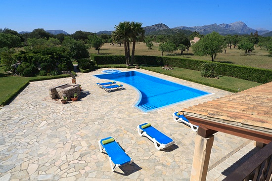 AH2459 - Delightful 5 Bedroom Villa between Pollensa and Puerto Pollensa