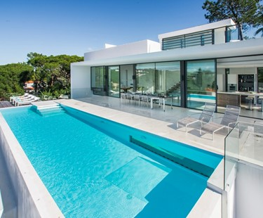 AH1039 - Modern 4 Bed Vale Do Lobo Villa with Infinity Pool & Sea Views