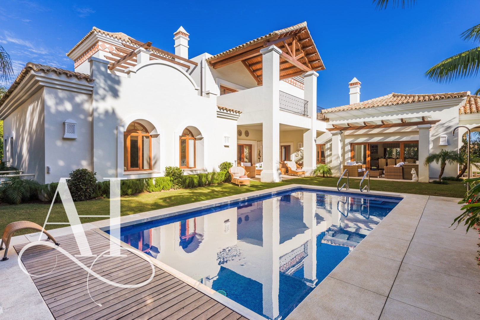 AH2830 - Luxury 6 Bed Marbella Villa Walking To Beach