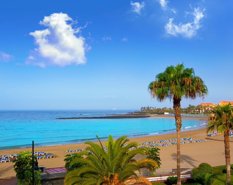 Las vistas beach Arona in costa Adeje.jpg