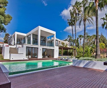 AH2188 - Contemporary 5 Bed Villa Walking To The Beach |Golden Mile Marbella