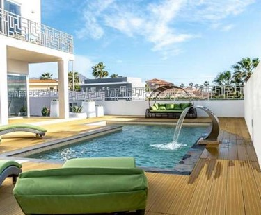 AH92 - Luxury 3 Bed Villa To Rent In Callao Salvaje