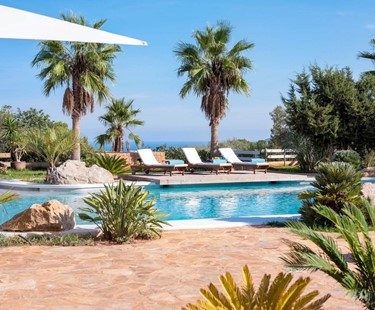 AH3028 - 7 Bedroom Luxury Villa Close To Ibiza Town