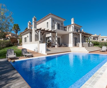 AH2752 - Luxury 4 Bed Dunas Douradas Very Close To Beach
