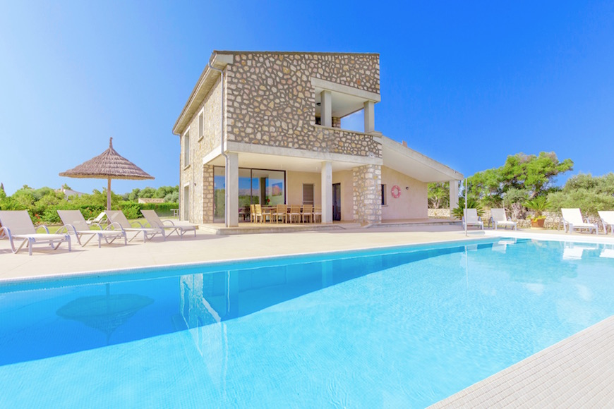 AH1441 - 5 Bed Villa In Pollensa With Views of Tramuntana Mountains