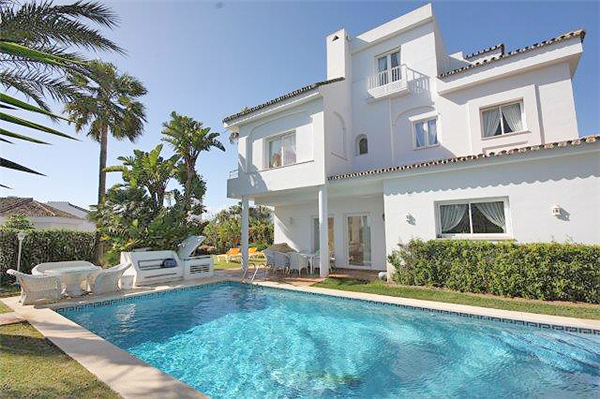 AH2559 - Lovely 5 bed Family Villa With Pool Elviria