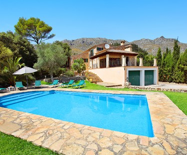 AH2575 - Spacious Cala Sant Vicenc 3 bed Villa