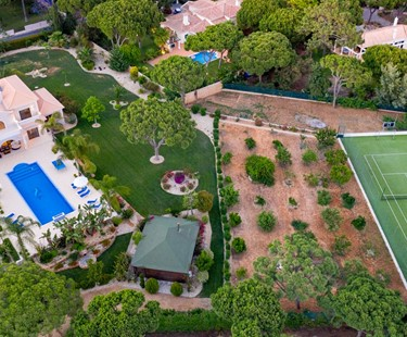 AH2318 - Magnificent 6 Bed Villa With Private Tennis Court in Fonte Santa|Vale Do Lobo