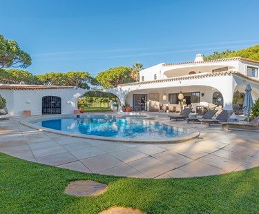 AH2262 - Spacious 6 Bedroom villa in Quinta Do Lago