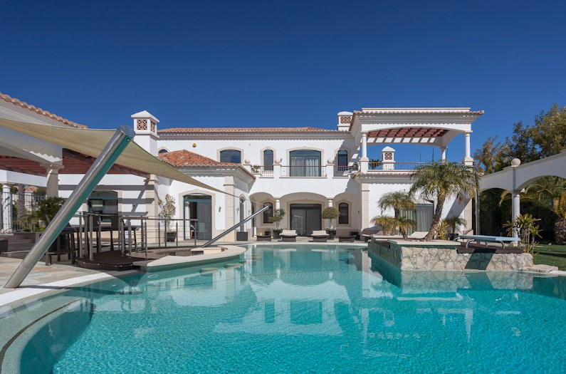 Are You Looking For The Best Villa In Quinta Do Lago