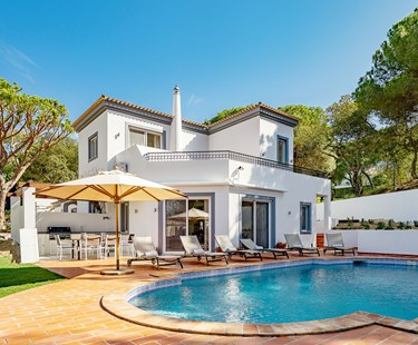 AH1532 - Lovely 4 Bedroom Villa In Dunas Douradas