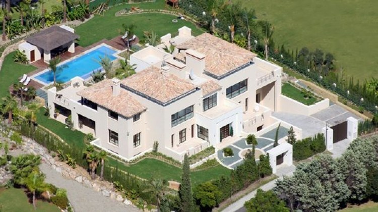 AH2336 - 7 Bed Luxury Villa In Atalaya Rio Verde